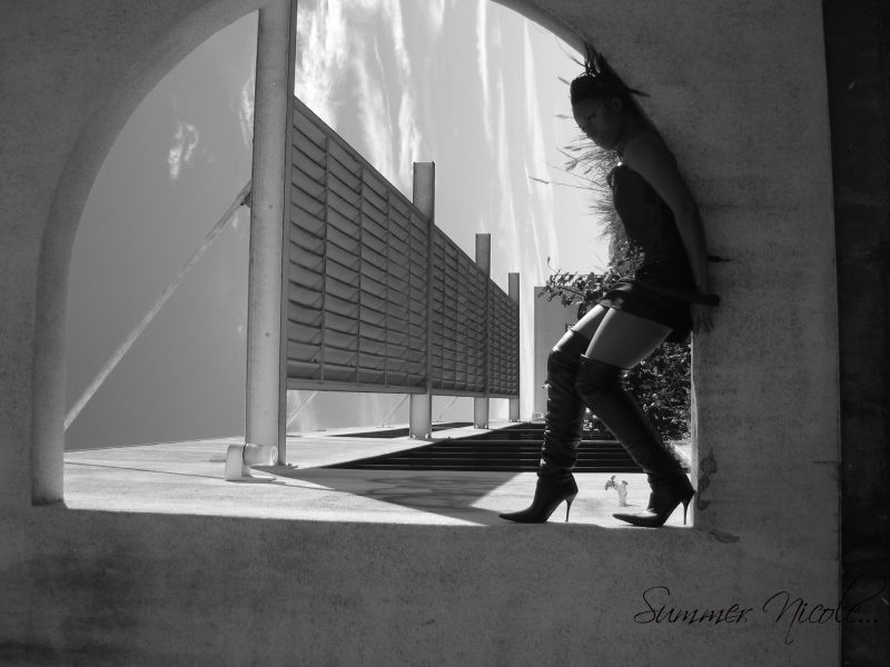 strange, beautiful, girl, lynz, model, sky