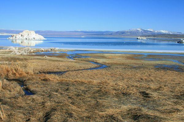 Mono Lake , California