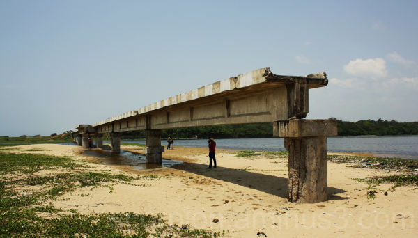 Broken Bridge....across Adyar river ,Chennai