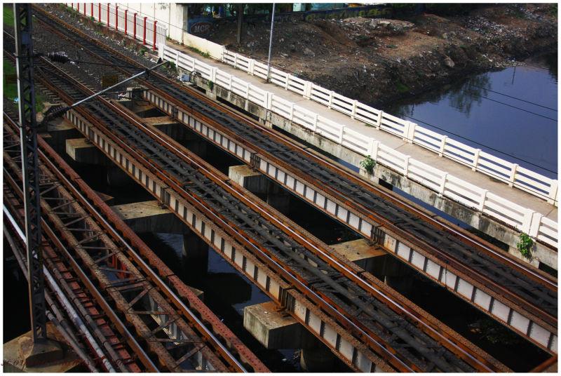 Standard  Gauge Railway tracks