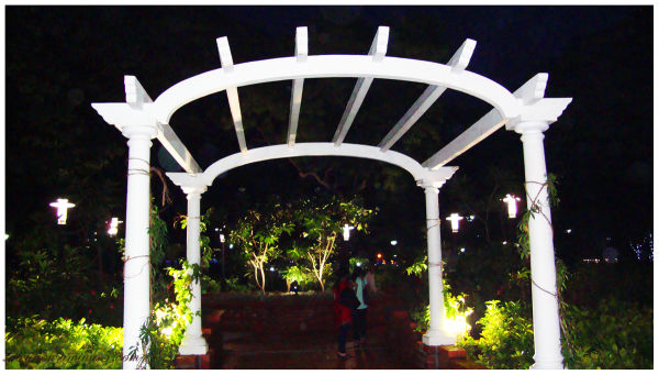 Night shot @ neighbourhood park, Chennai...