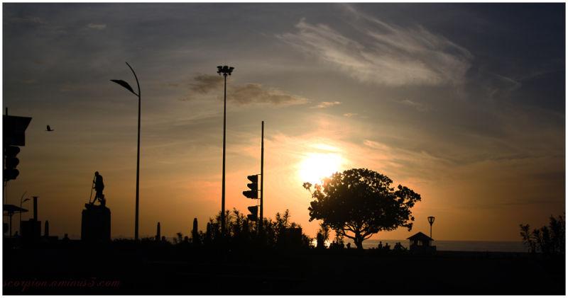 Sunrise @ Marina, Chennai...