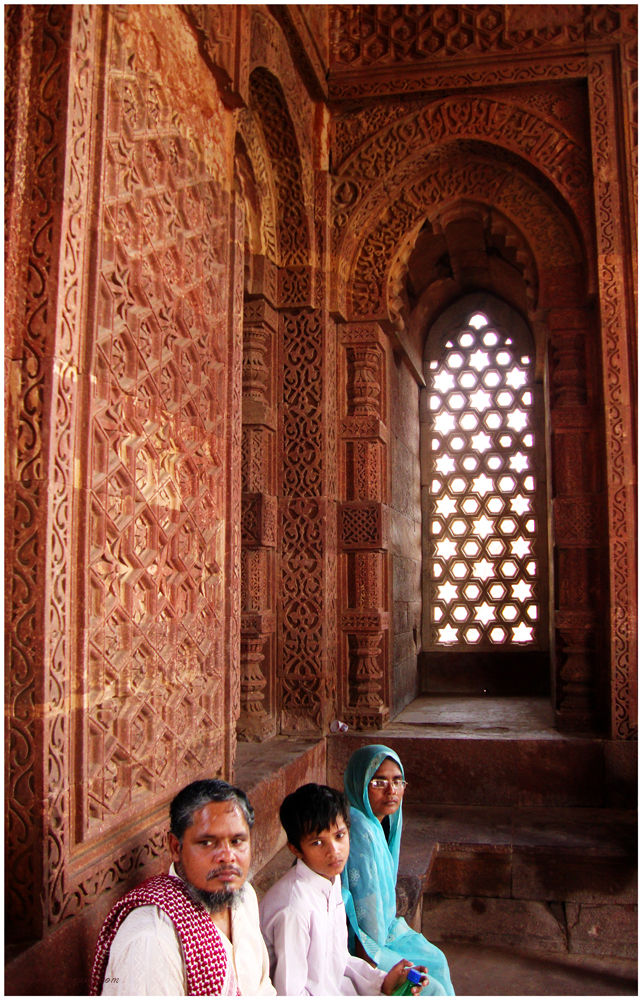 Inside Alai Darwaza...