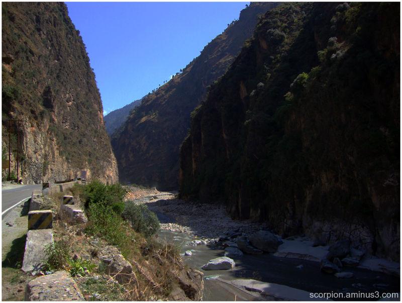 En route to Manali 6, Himachal Pradesh...