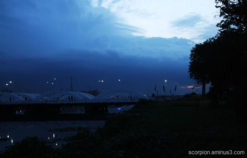Napier Bridge @ dawn...