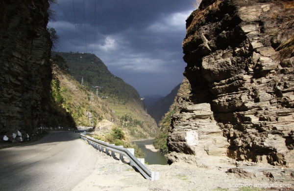 En route to Manali , Himachal Pradesh...