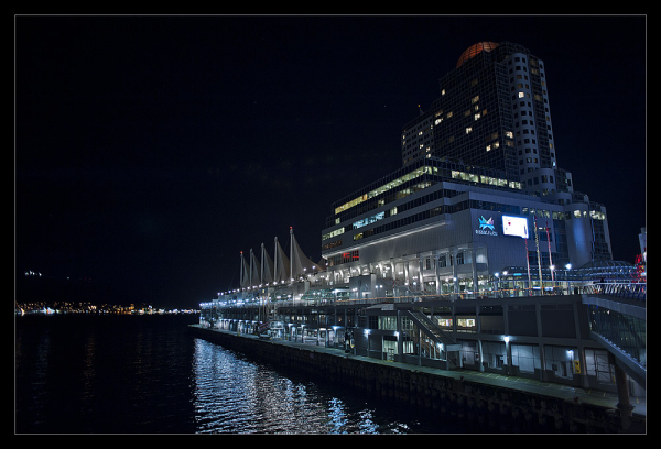 Pan pacific Hotel & Canada Place at night