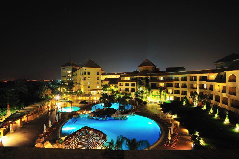 hilton dreamland cairo egypt, pool side