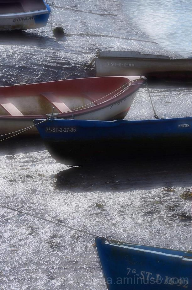 ..Little boats in a dream..