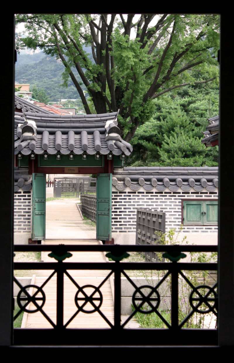 Window view @ Changdeokgung