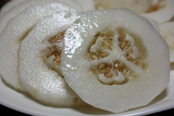 Korean (???) melon @ anam