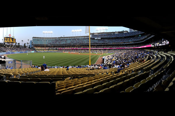 Dodger Stadium-2picpanorama