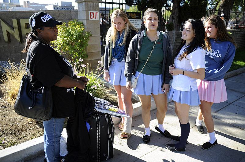 Schoolgirls Meet Obama Supporter
