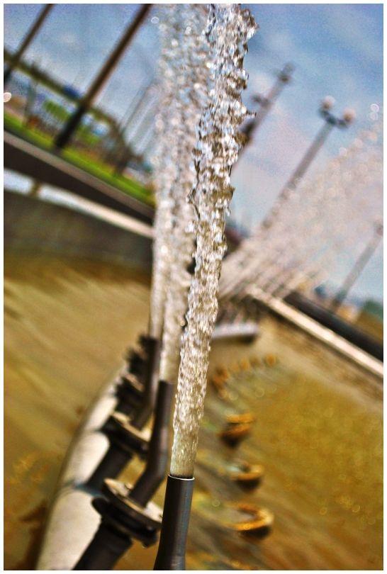 water jet fountain Parque Miraflores peru