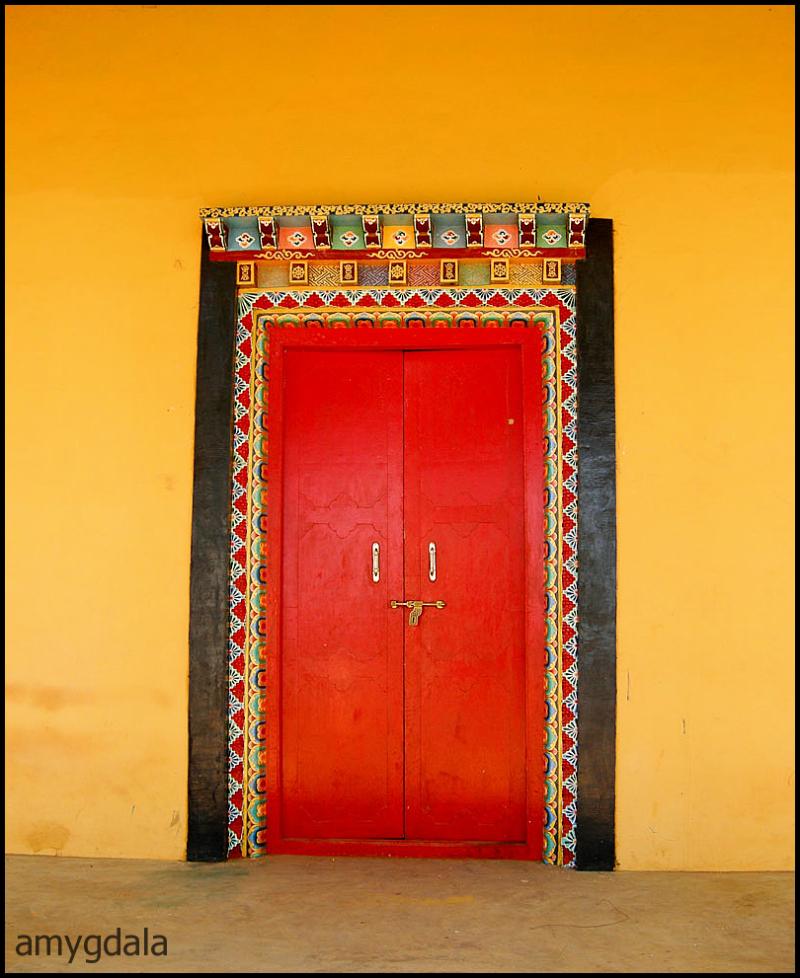 colorful door, tibet