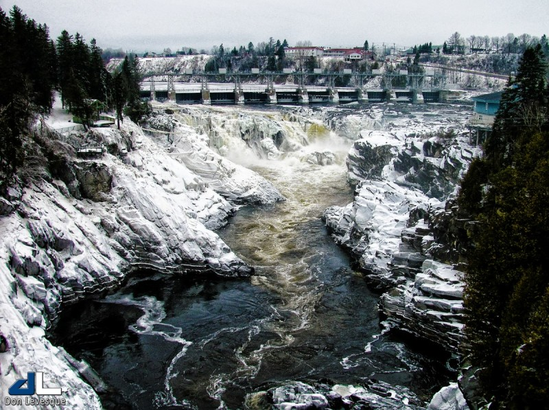 Grand Falls Dam in the winter