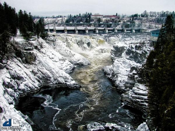 Grand Falls Dam in the winter