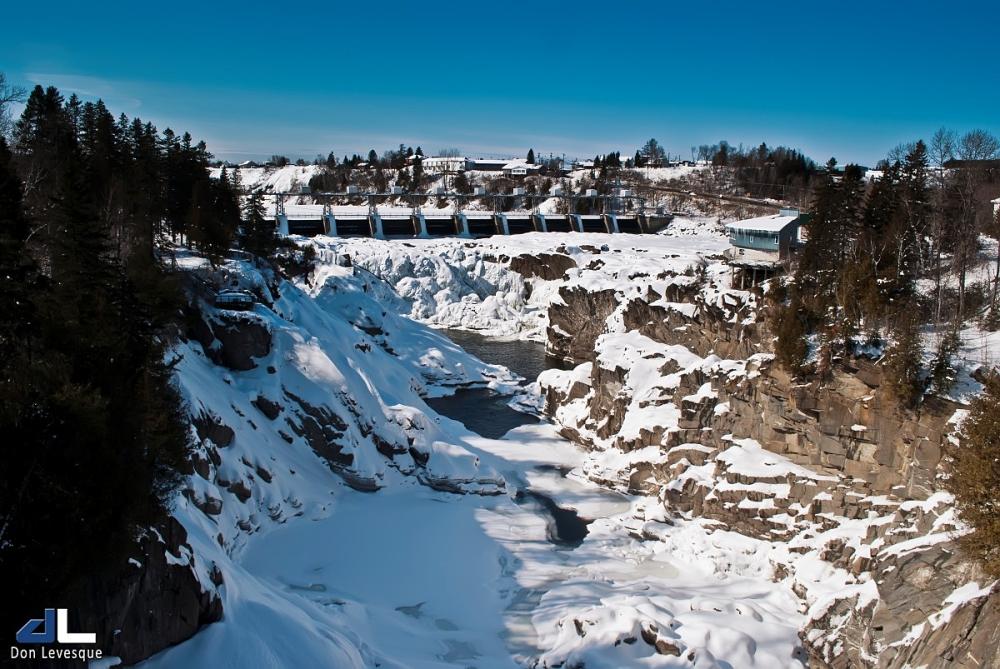 Grand Falls Dam in the winter (2)