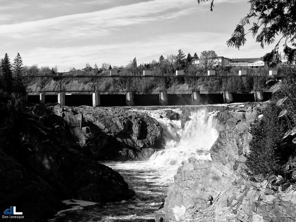 Grand Falls Dam