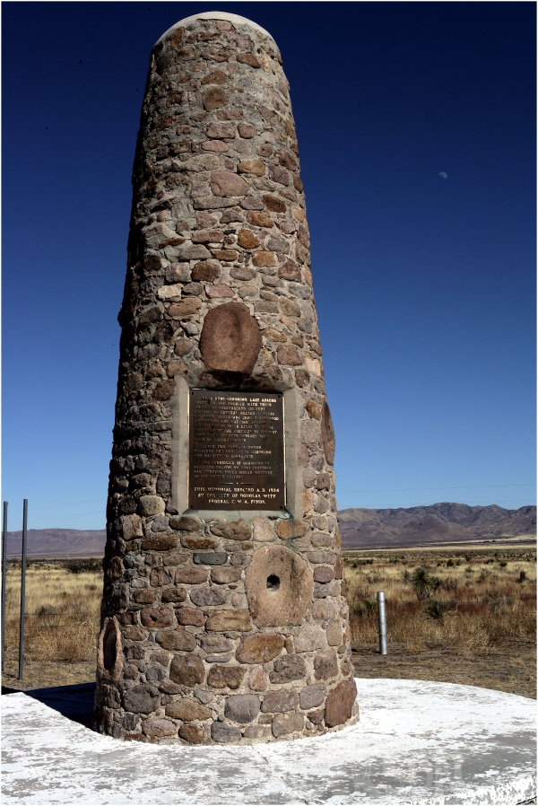 Geronimo, Apache, monument