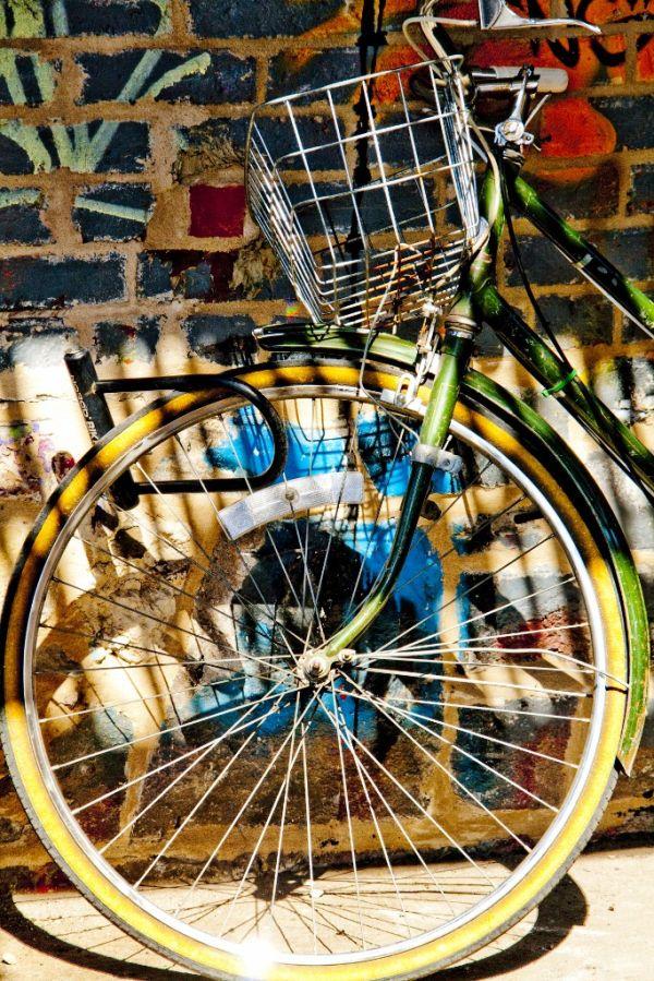 The Bike and the grafitti