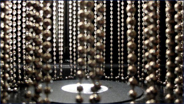 metal bead strings