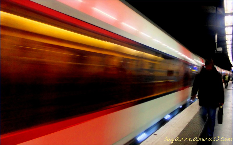 image, train, moving, man, silhouette,paris