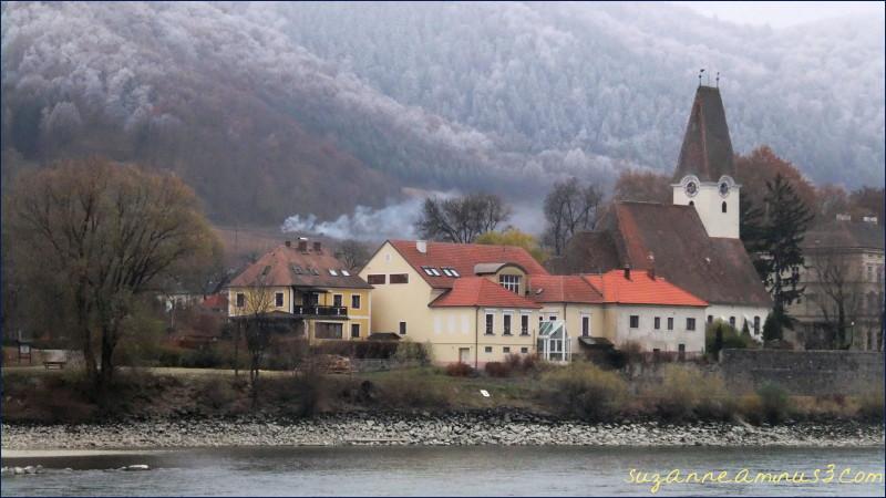 Washau Valley,village,  danube