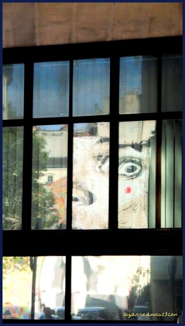 image, reflection, window, street art, face, paris