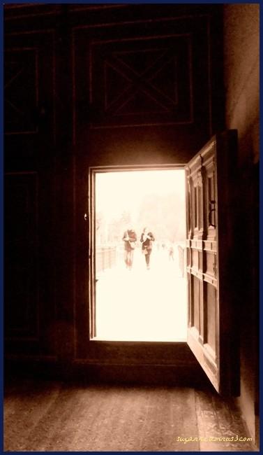 image, represents, death, doorway, light, sepia