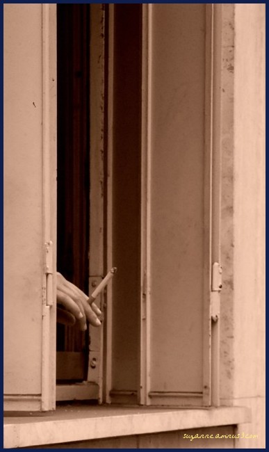 image, sepia, hand, cigarette, window, paris