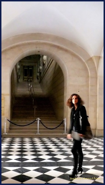 image, woman, young, moving, versaille, paris
