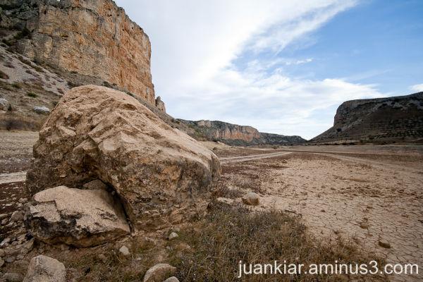 Empty reservoir with rocks