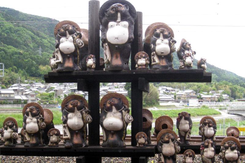 Japan: good luck animals