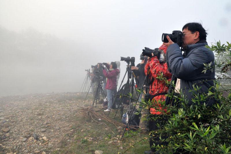 Photographyers taking sunrise