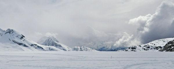 Ice hills