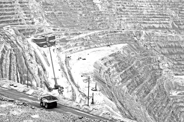Kenncott Utah Copper's Bingham Canyon Mine