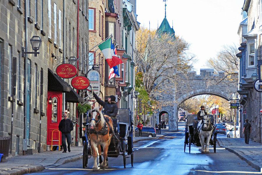 Street shot at Quebec