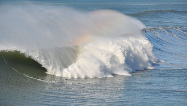 Rainbow on the wave