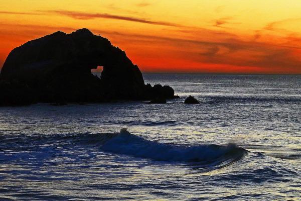 Heart stone rock