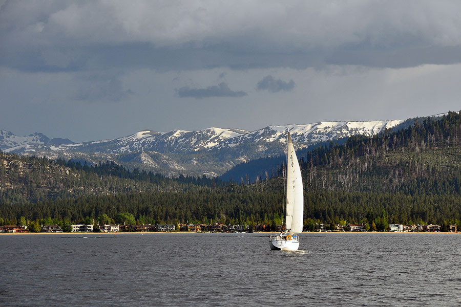 Surrounding of Tahoe Queen