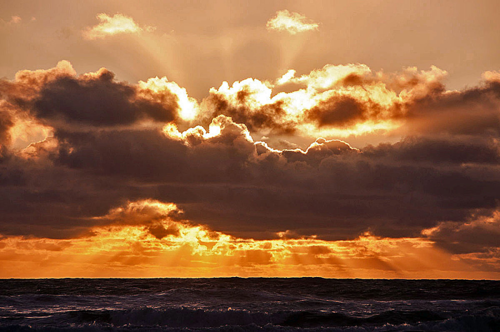 Clouds & Rays