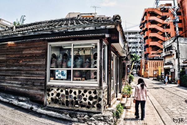 A popular tourist area in Naha.