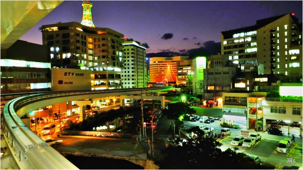 Night view of Naha City.