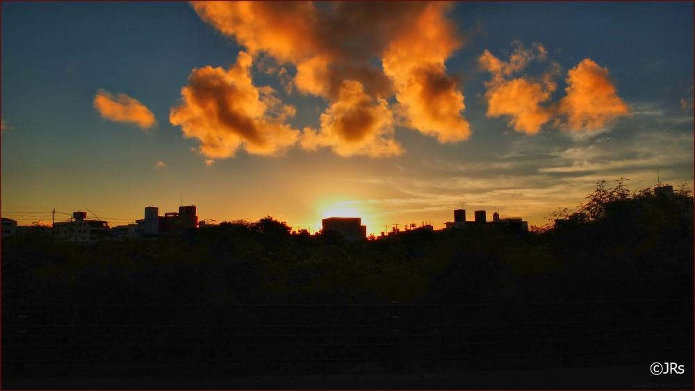 Sunset sky in Shintoshin.