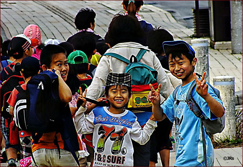 Okinawan kids on the way to school.