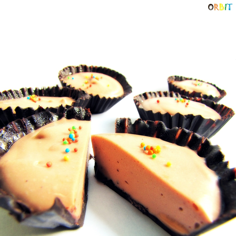 Cupcake cheesecake chocolate cream colorful