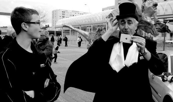 Le magicien (2)