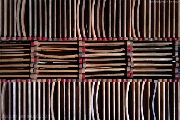 Cadires plegades i amuntegades