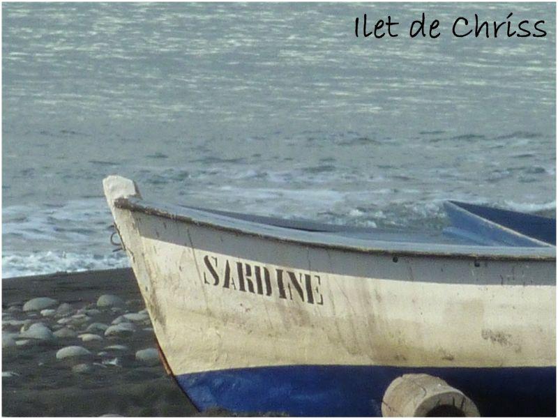 Barque sur le sable